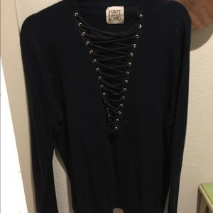 2 LF Lace-up sweaters